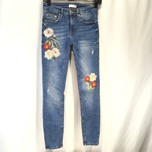 Zara Floral Embroidered Skinny Jeans Boho 26 Waist